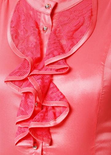 Блузка с коротким рукавом и ажурными рюшами