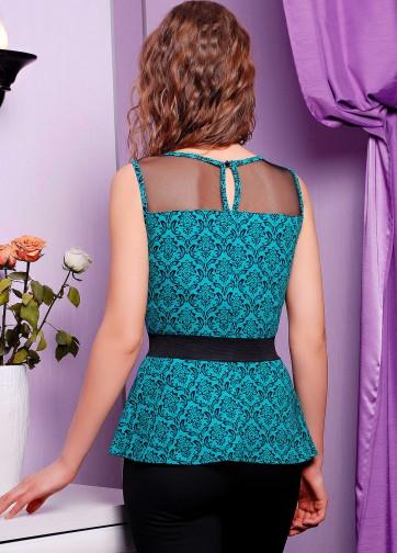 Блузка с баской и узорным принтом