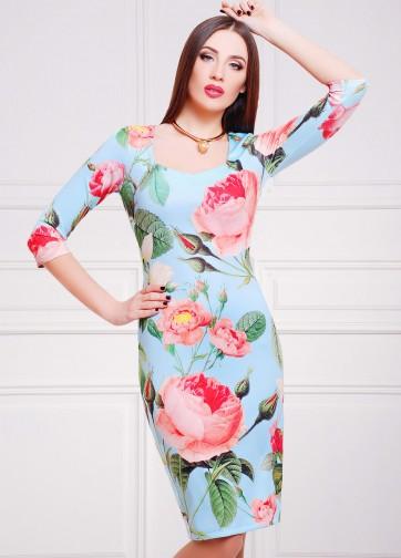 """Нежно-голубое облегающее платье с рукавом три четверти и принтом """"Розы"""""""