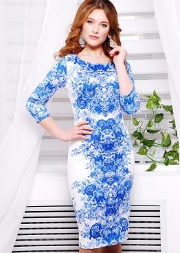 """Белое облегающее платье с рукавом три четверти и принтом """"Синие розы"""""""