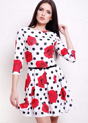 """Приталенное платье со складками с принтом """"Розы-горох"""" и рукавом три четверти"""