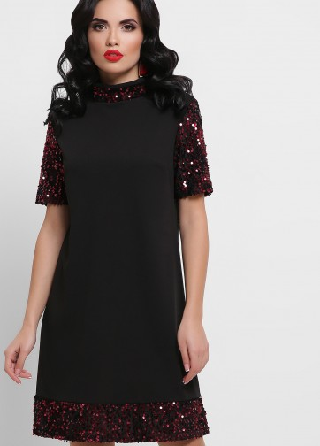 Нарядное черное платье-трапеция с пайетками