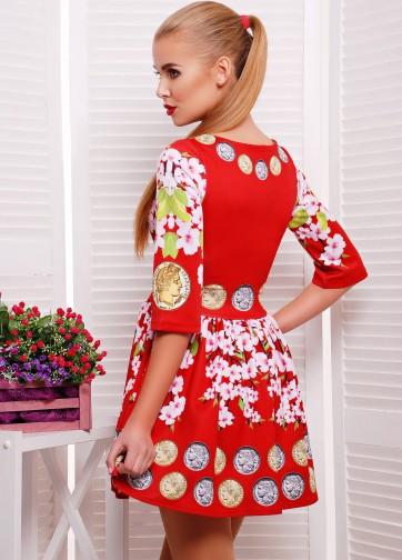 """Короткое приталенное платье в складку с рукавом """"колокол"""" и принтом """"Монеты-сакура"""""""