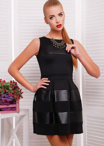 Черное платье без рукава с расклешенной юбкой и кожаными вставками