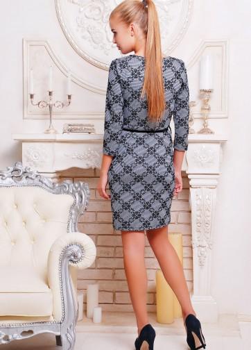 Трикотажное платье с юбкой-тюльпан и рукавом три четверти