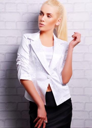 Пиджак с укороченным присборенным рукавом из жаккарда