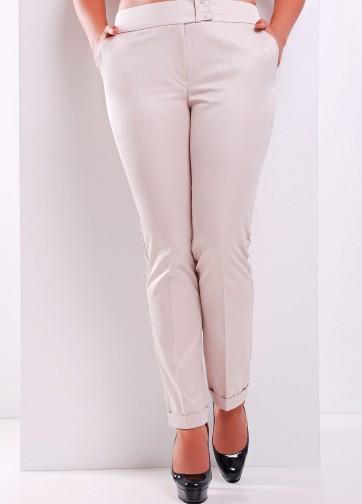 Узкие брюки с отворотами и стрелками