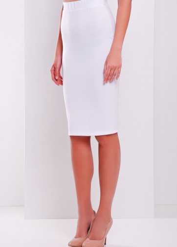 Классическая юбка прямого кроя до колен
